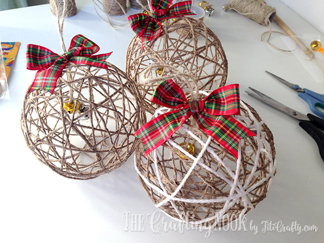 Charming DIY Decorations For A Rustic Christmas images 16