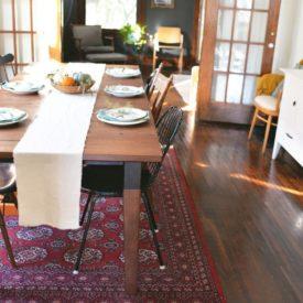 DIY Neutral Linen Table Runner - Traditional carpet