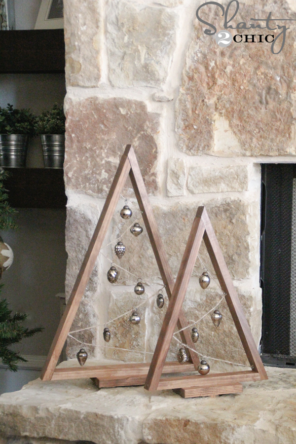 Charming DIY Decorations For A Rustic Christmas images 29
