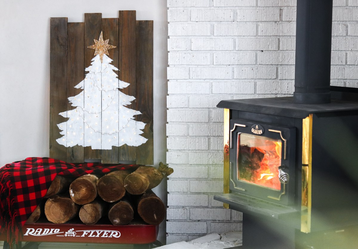 16 Cheap Christmas Decorations You Can DIY