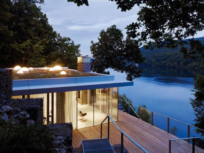 10 Waterfront Properties That Speak Nature's Language