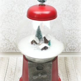 Make Gumball Machine Snow Globe Decor - snowy scene