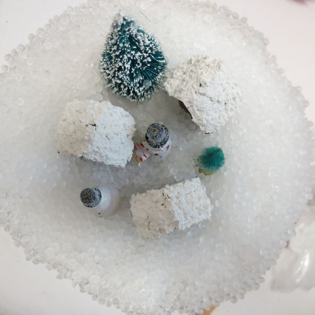 Make Gumball Machine Snow Globe Decor - styrifoam