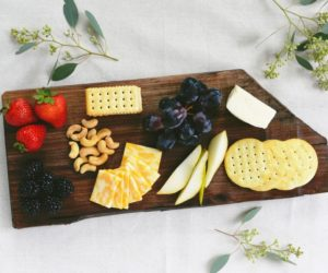 DIY Wooden Cheese Board To Beautifully Display Appetizers