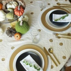 Modern thanksgiving table setting idea