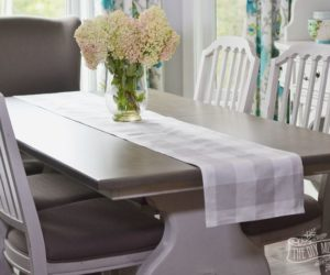 ... 10 Ways To DIY Your Perfect Christmas Table Runner Amazing Ideas