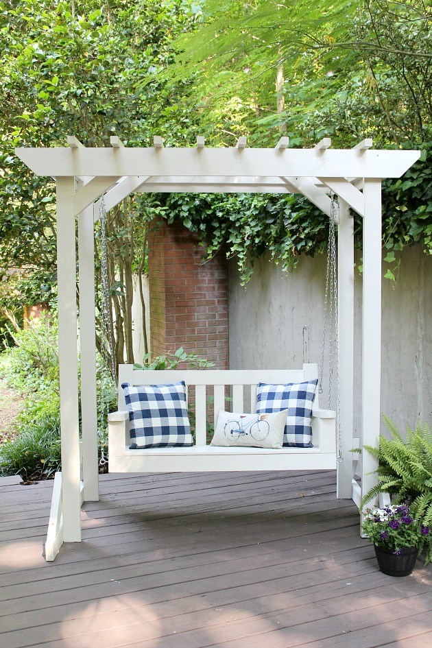 Porch Swing Plans For Wonderfully Relaxing Afternoons images 14