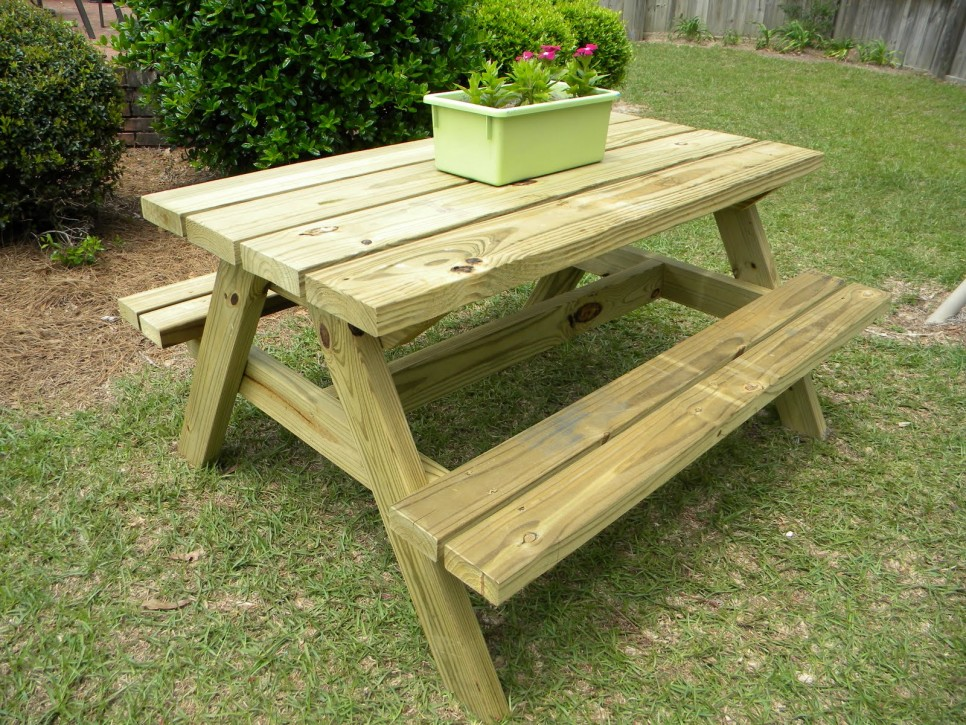 Attractive Picnic Bench Ideas Part - 6: Home Decorating Trends U2013 Homedit