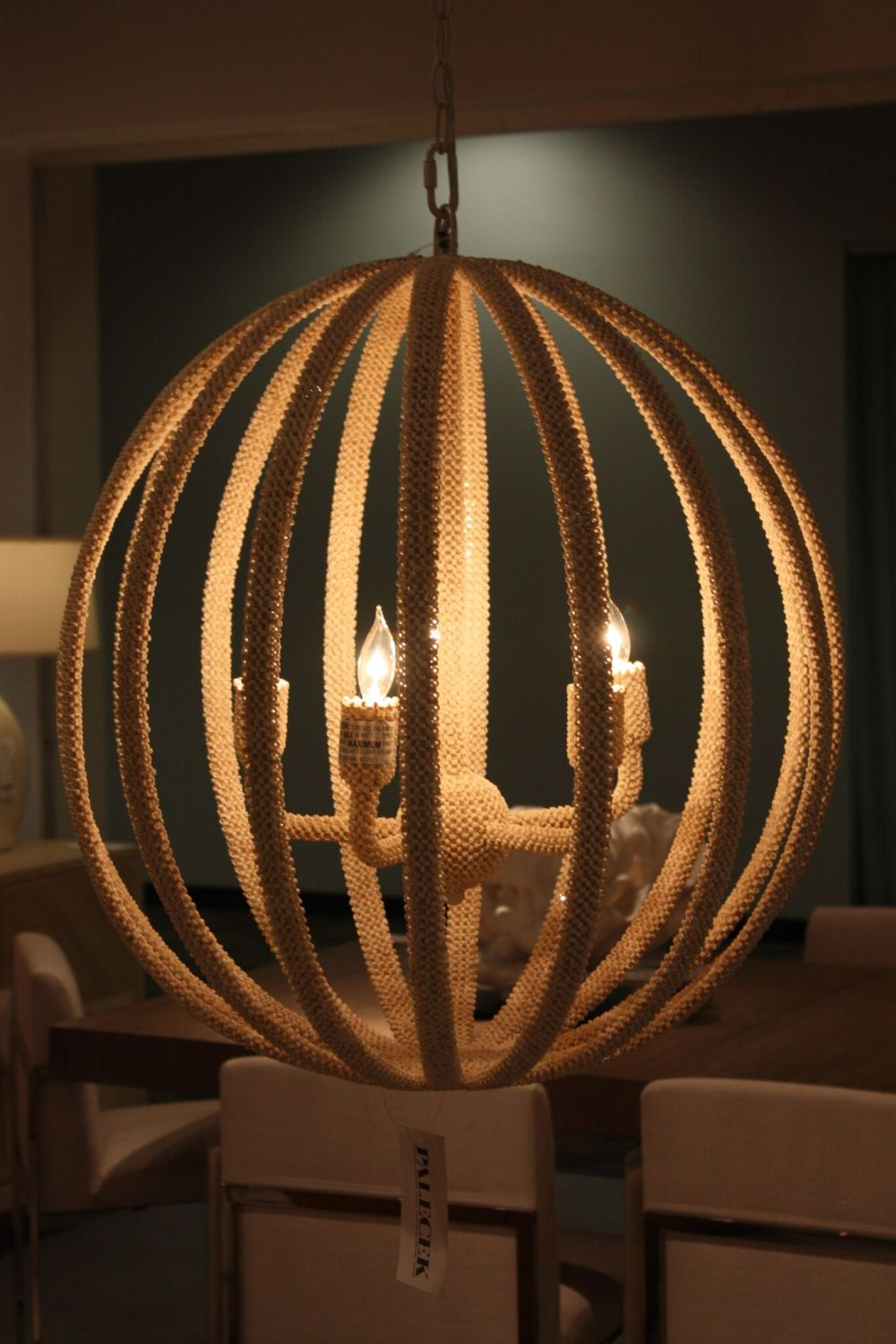 10 Hot Lighting Fixtures To Dress Up Your Decor