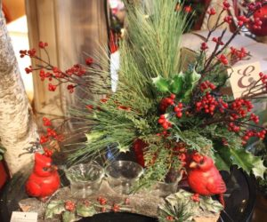 The cardinal candle holder and holiday bouquet are perfect together.