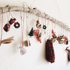 Rustic hanging wall calendar