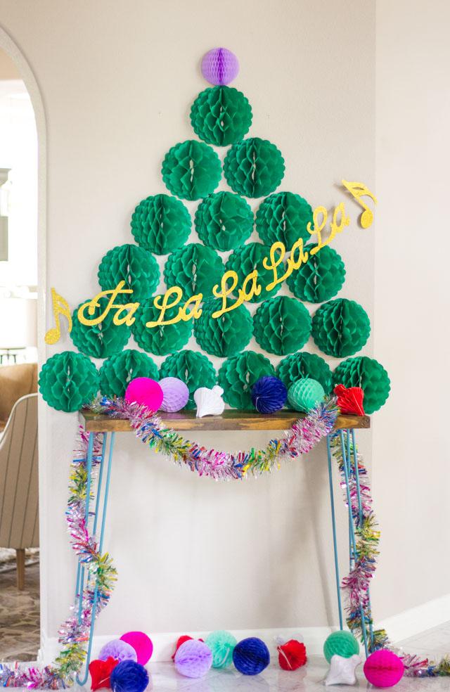 Interesting Christmas Tree Alternatives For Walls