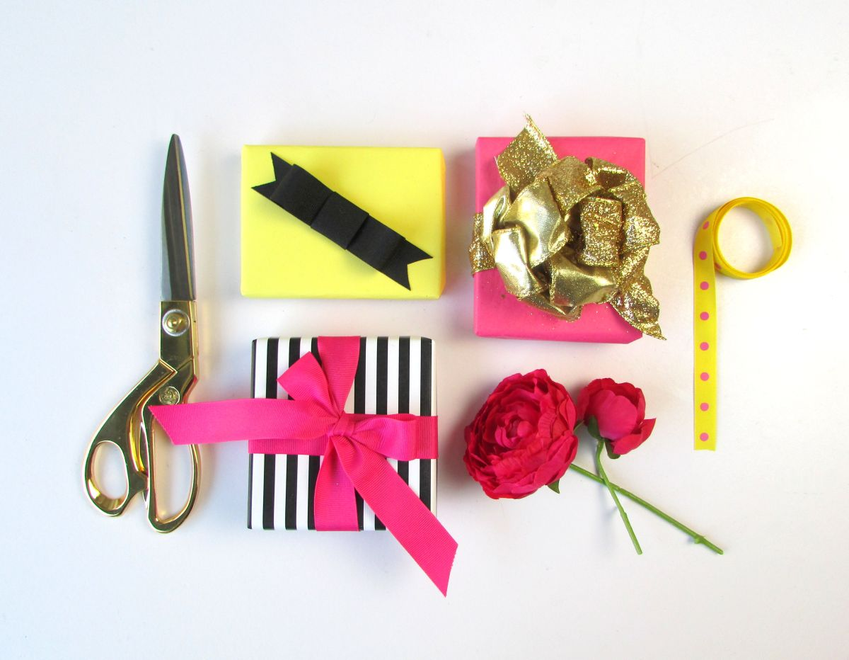 Ways To Tie A Bow With Ribbon