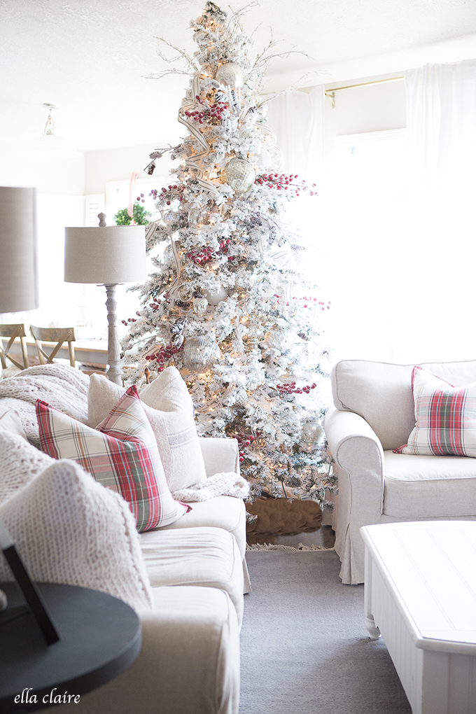All The Wonderful Christmas Tree Ideas You Need For A Wonderful Holiday images 8