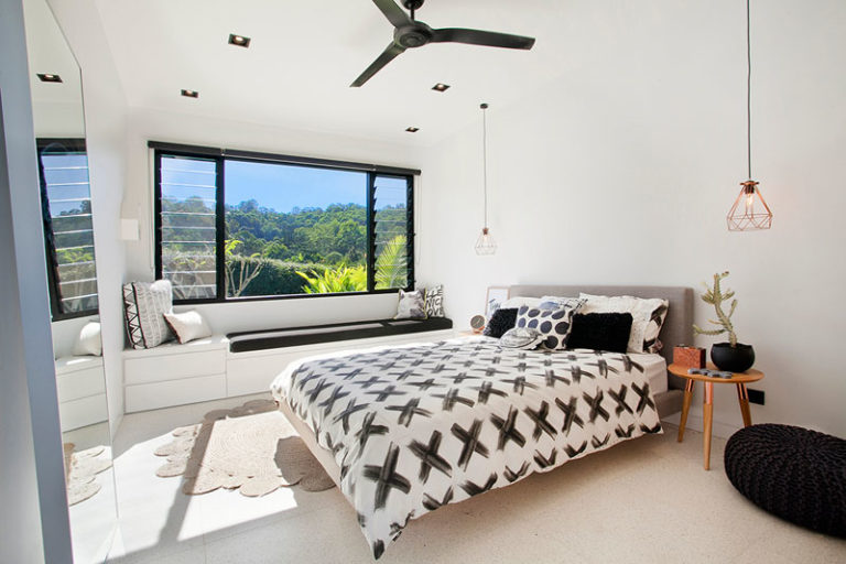 view in gallery - Beautiful Bedroom