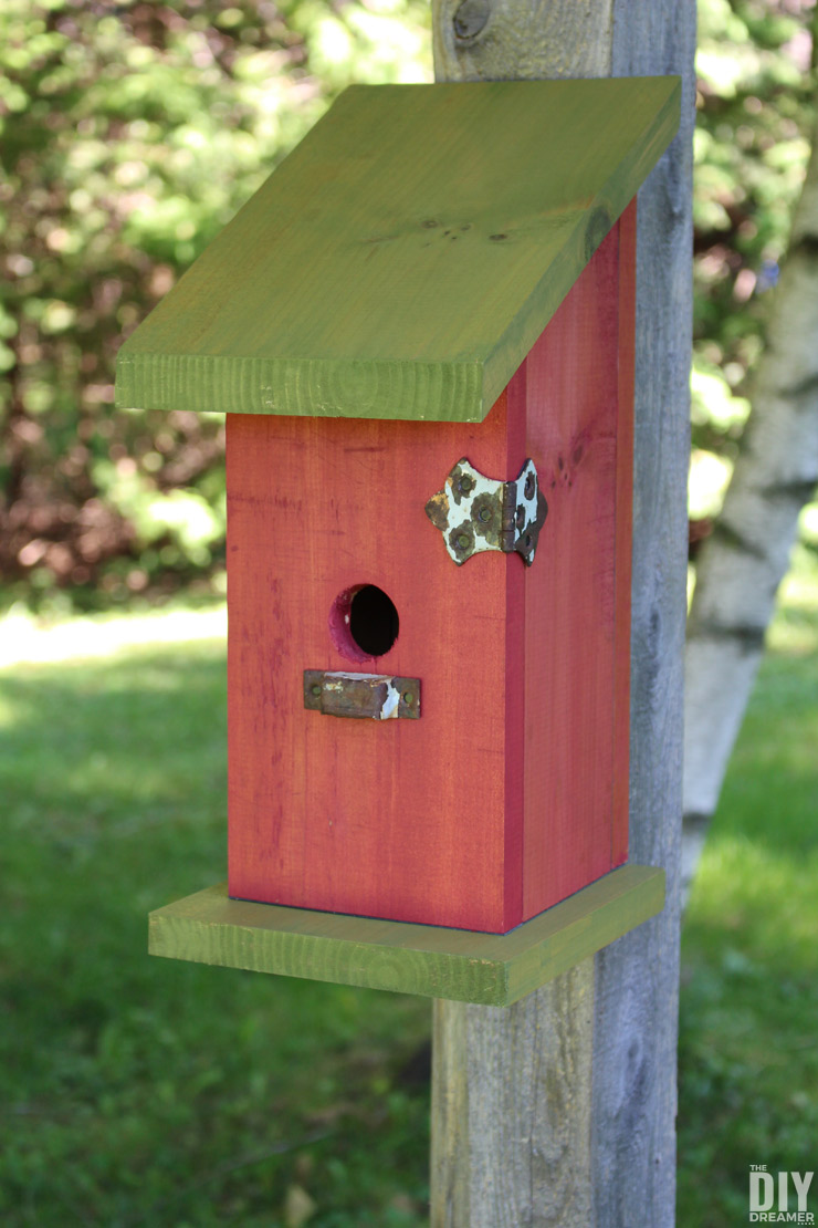 Cute Yard Crafts - Birdhouse Plans With Adorable Designs