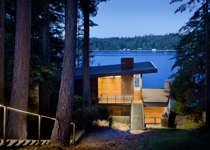 10 Waterfront Properties That Speak Nature's Language images 6