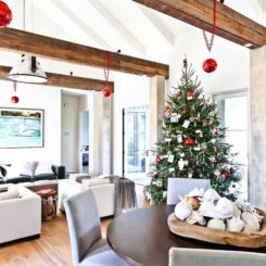 Cottage Christmas Interior Design - rustic wood beams