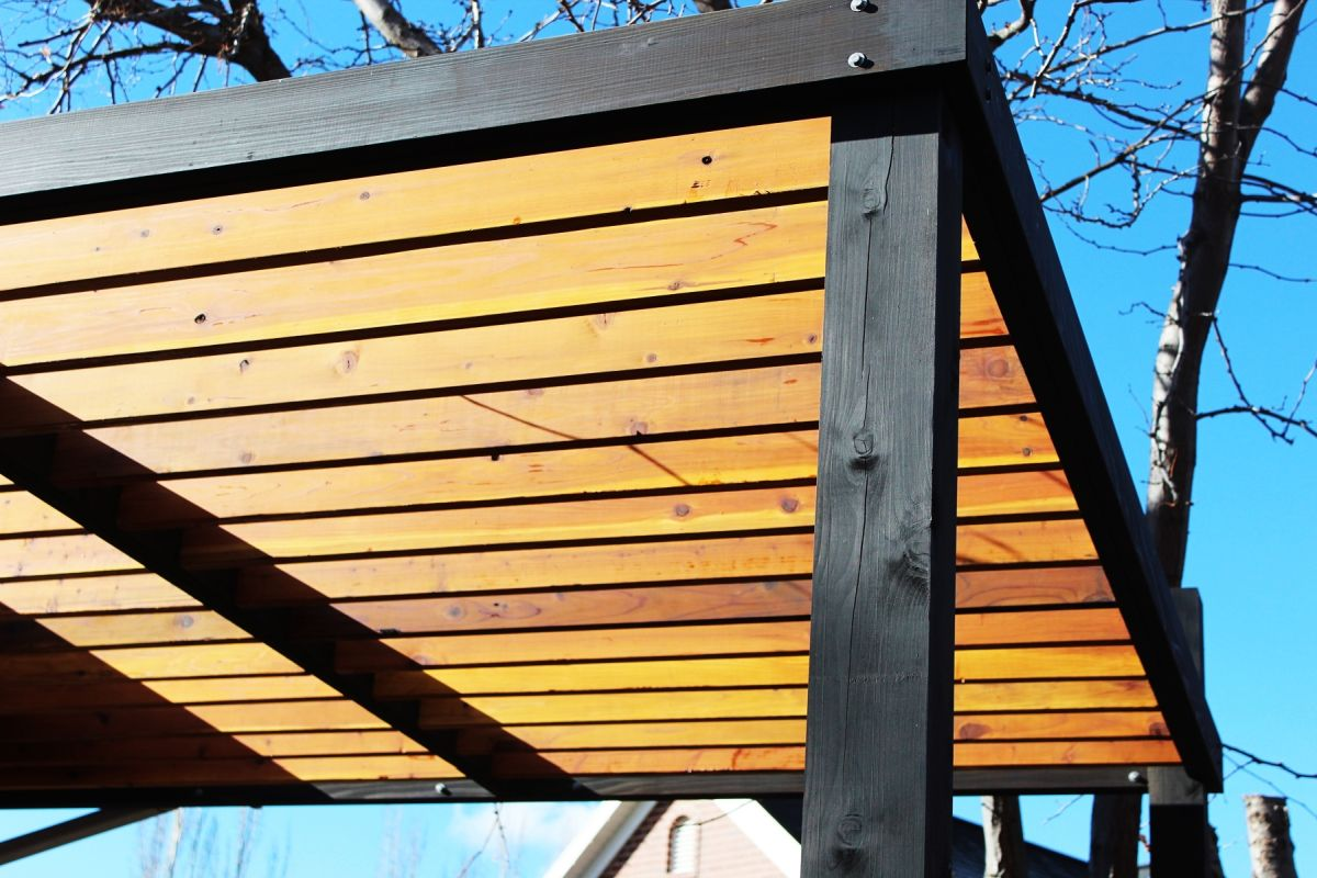 ... Pergola Rafters Without Brackets View in gallery · View in gallery - How To Install Modern Pergola Rafters Without Brackets