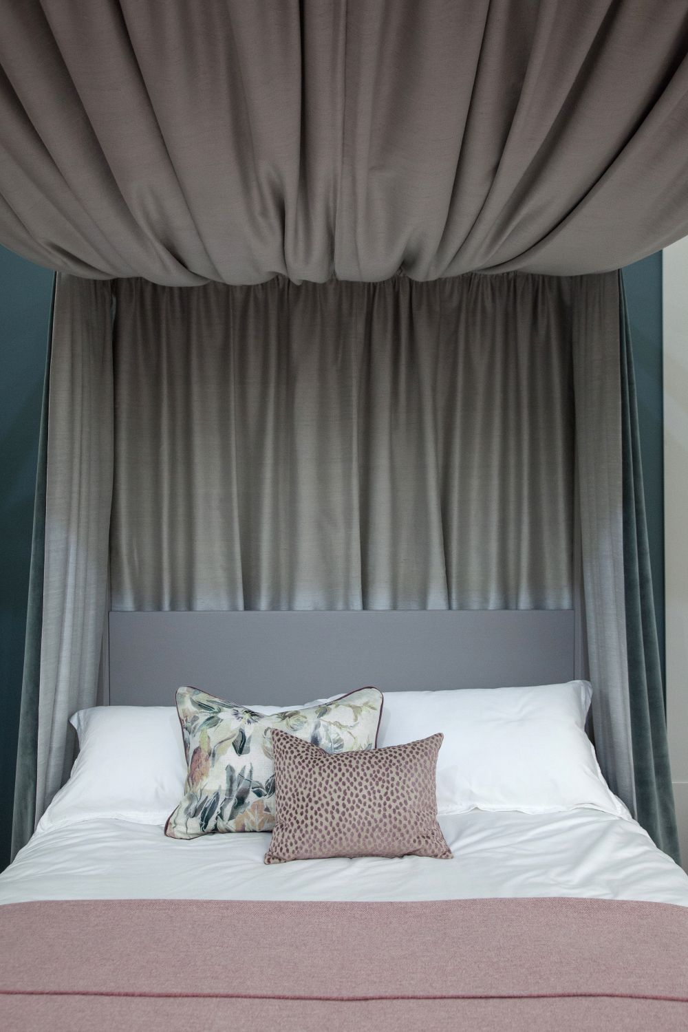 In The Bedroom Or The Couch: Use Feng Shui Earth Tones To Create Warm Approachability