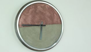 Modern Concrete Clock Make-Over
