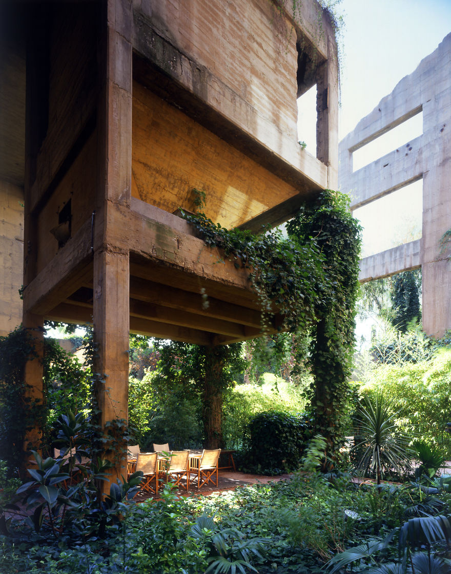 10 mind blowing houses that hide in plain sight - Old cement factory turned home ...