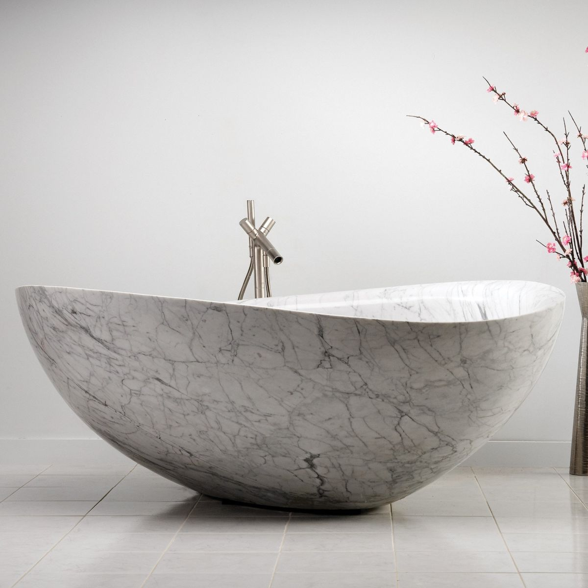 The Latest Designs That Turn Bathtubs Into Works Of Art