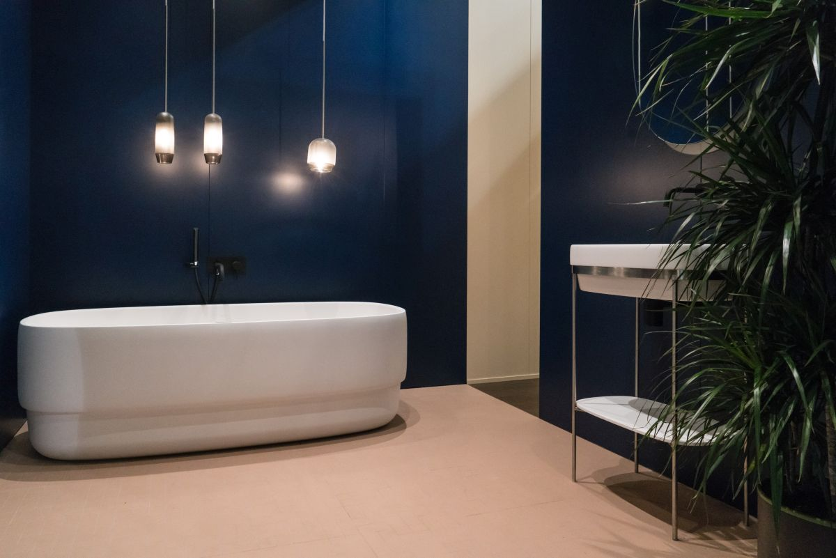 How to design and decorate your dream bathroom for Draw your bathroom
