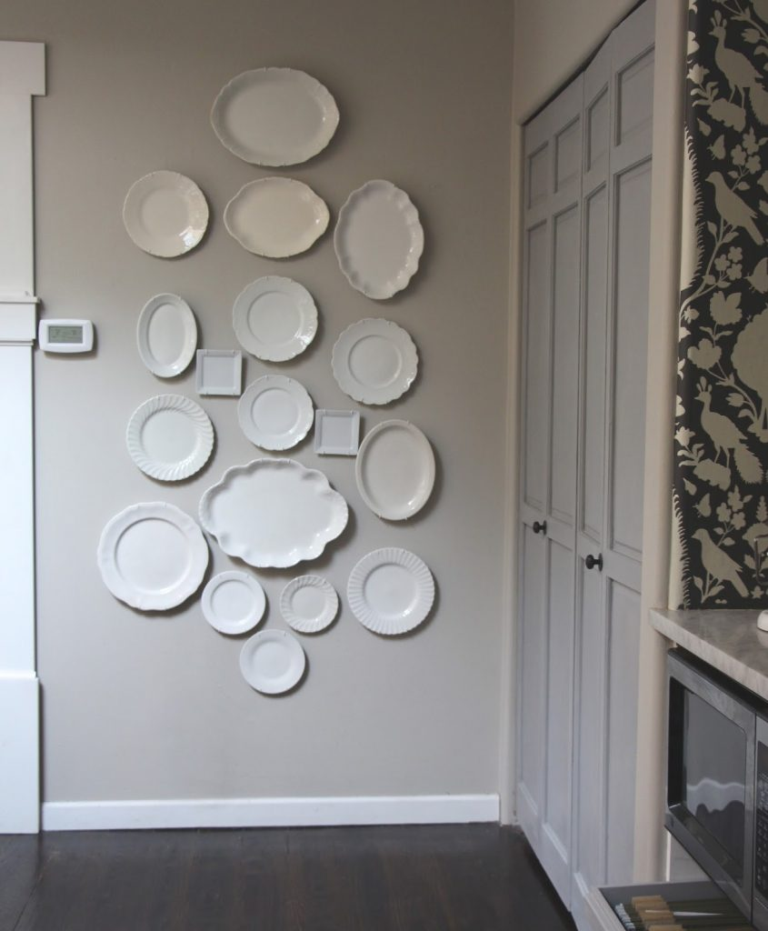 neutral wall art DIY Plate Wall