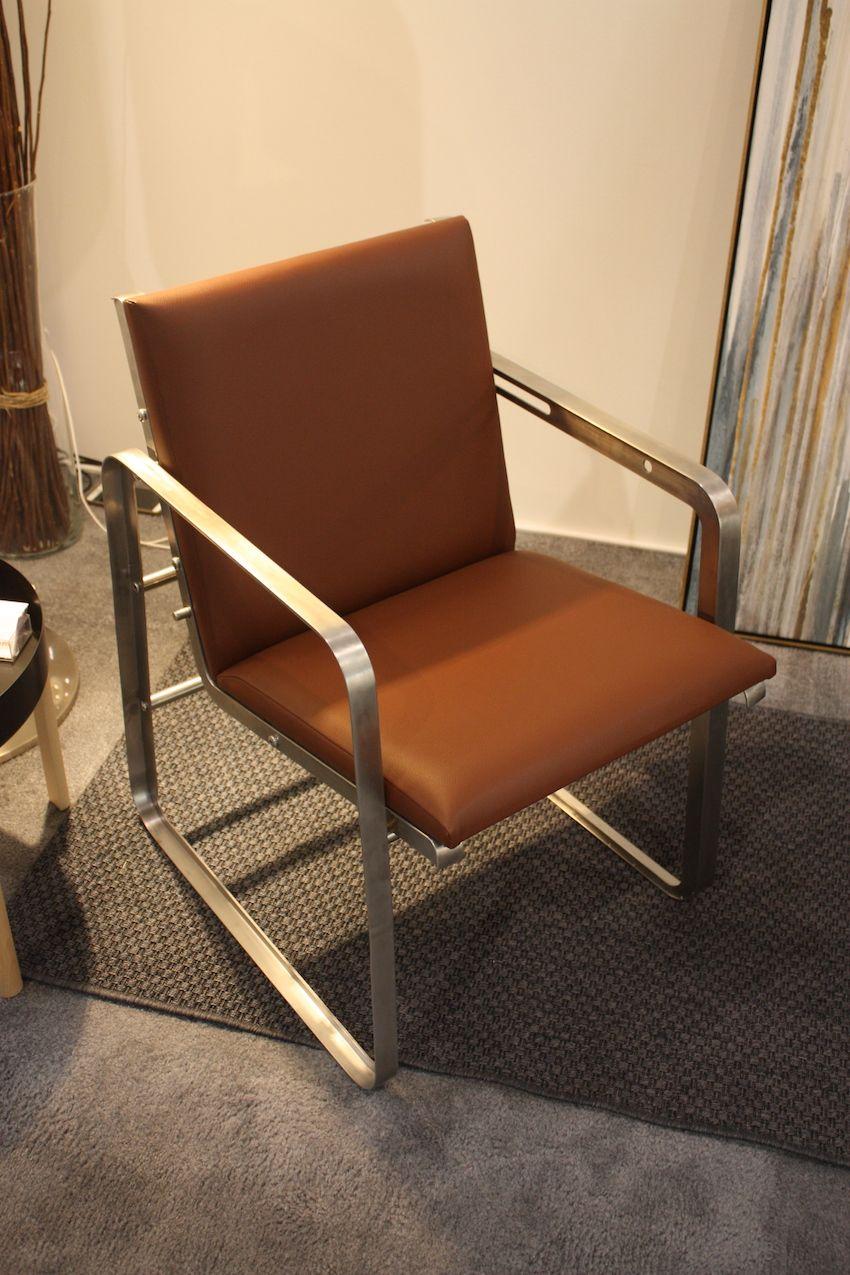 Als Sessel hat der Sitz einen angenehmen Winkel.