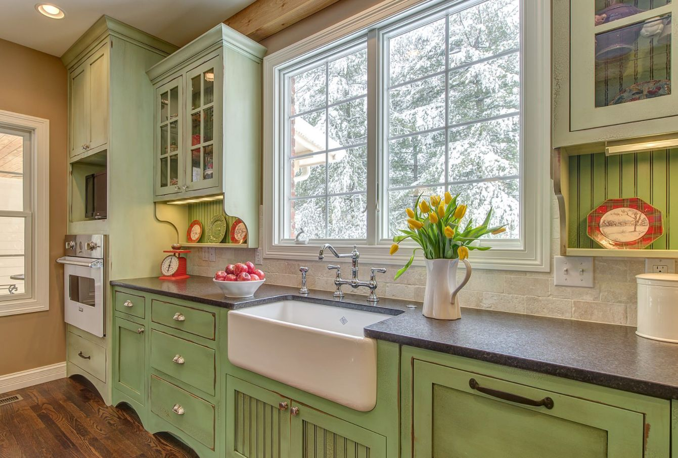 Invigorating ways to decorate with green kitchen cabinets for French country green kitchen