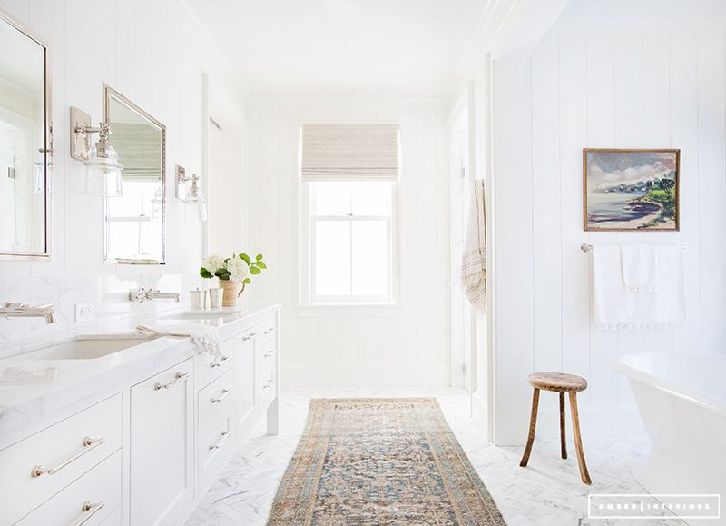 pictures of white bathrooms. View In Gallery 15 Ways To Refresh Your White Bathroom With Style