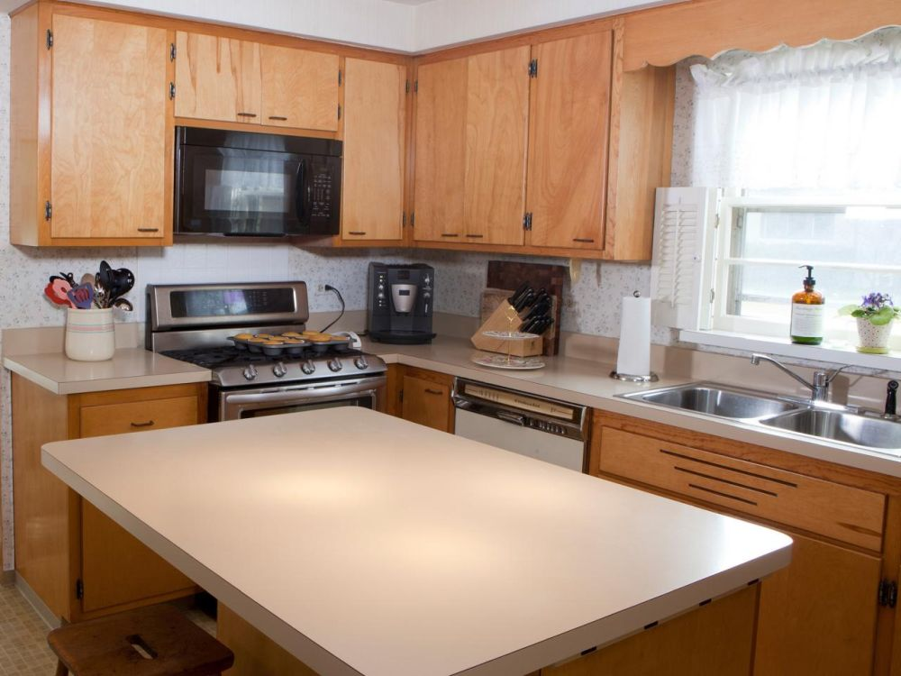 Find used kitchen cabinets to save money and maintain style for Find your kitchen style