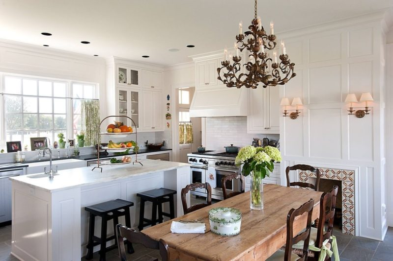 10 reasons you need a farmhouse kitchen table - Kitchen Design Ideas Photos