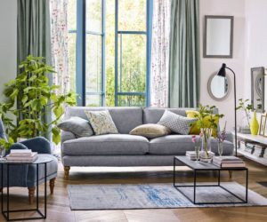 10 Beautiful Ways to Decorate With Sage