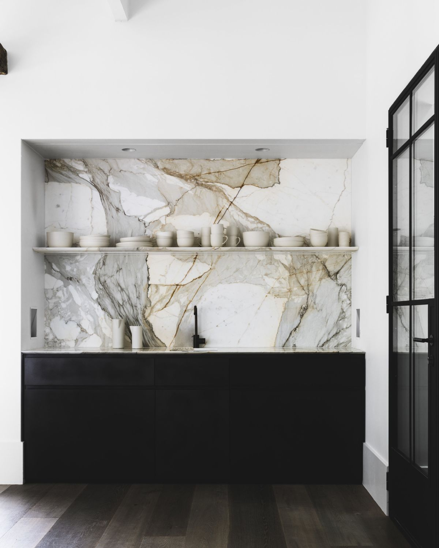 Marble Shelf Extravaganza Inspiring Design Suggestions