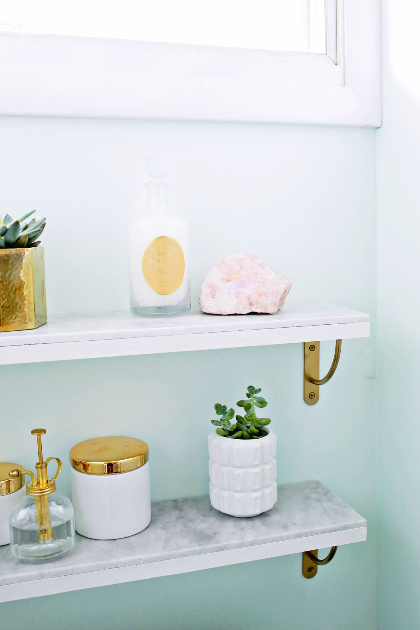 Marble Shelf Extravaganza - Inspiring Design Suggestions