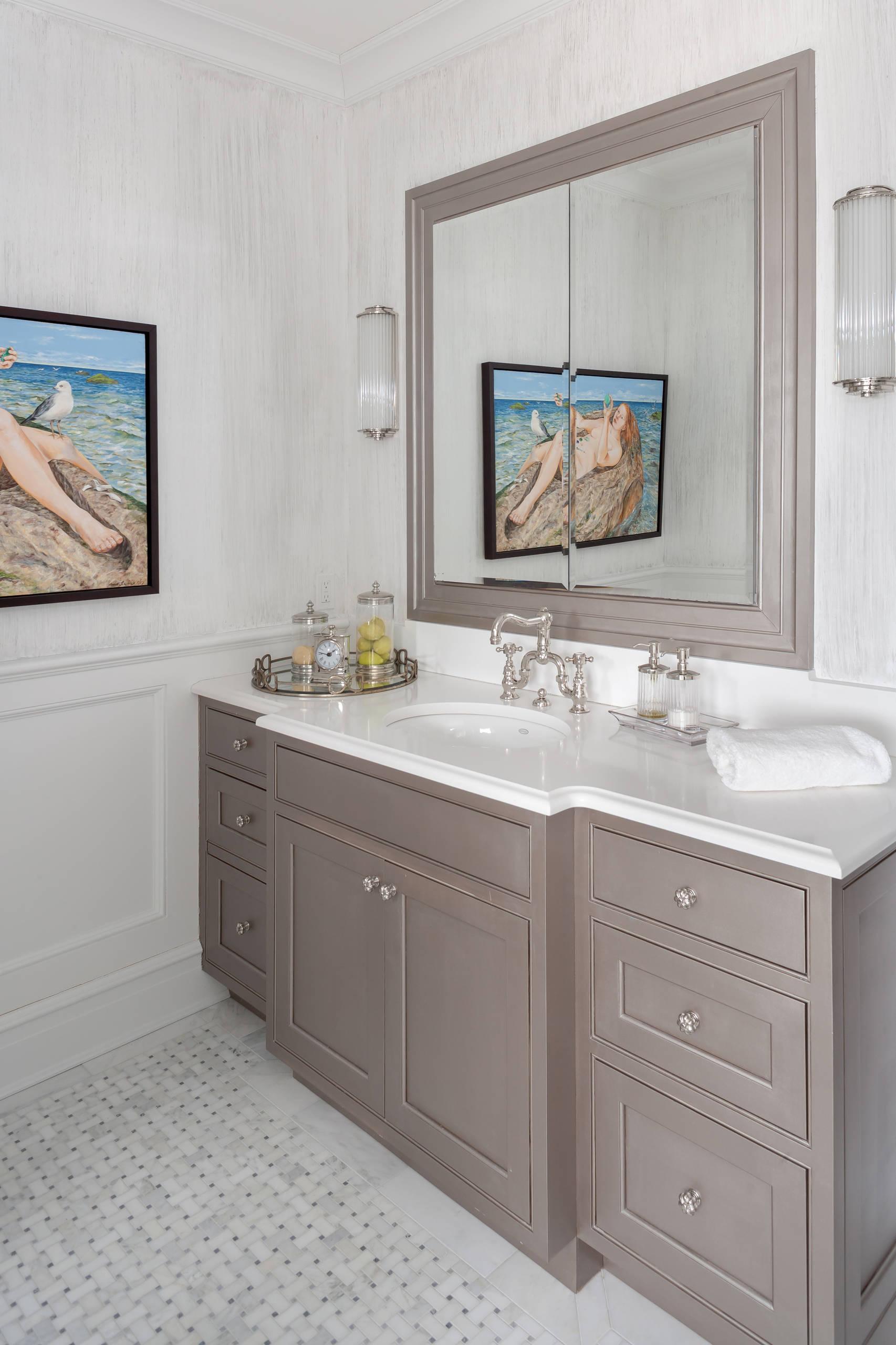 Elegant Beige Taupe And Cream Colored Bathroom Tile: Creating A Stylish Taupe Bathroom Decor