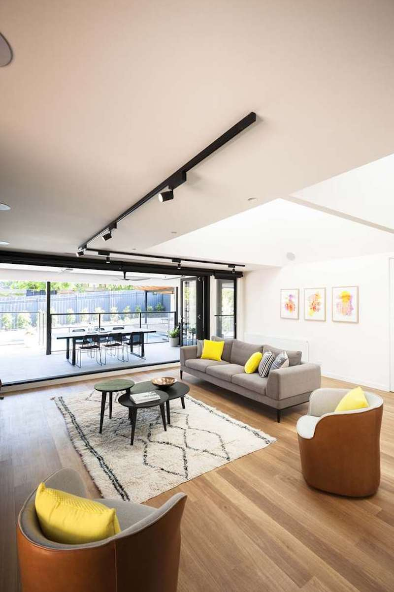 This casual living space opens up towards the terrace and has excellent natural ventilation
