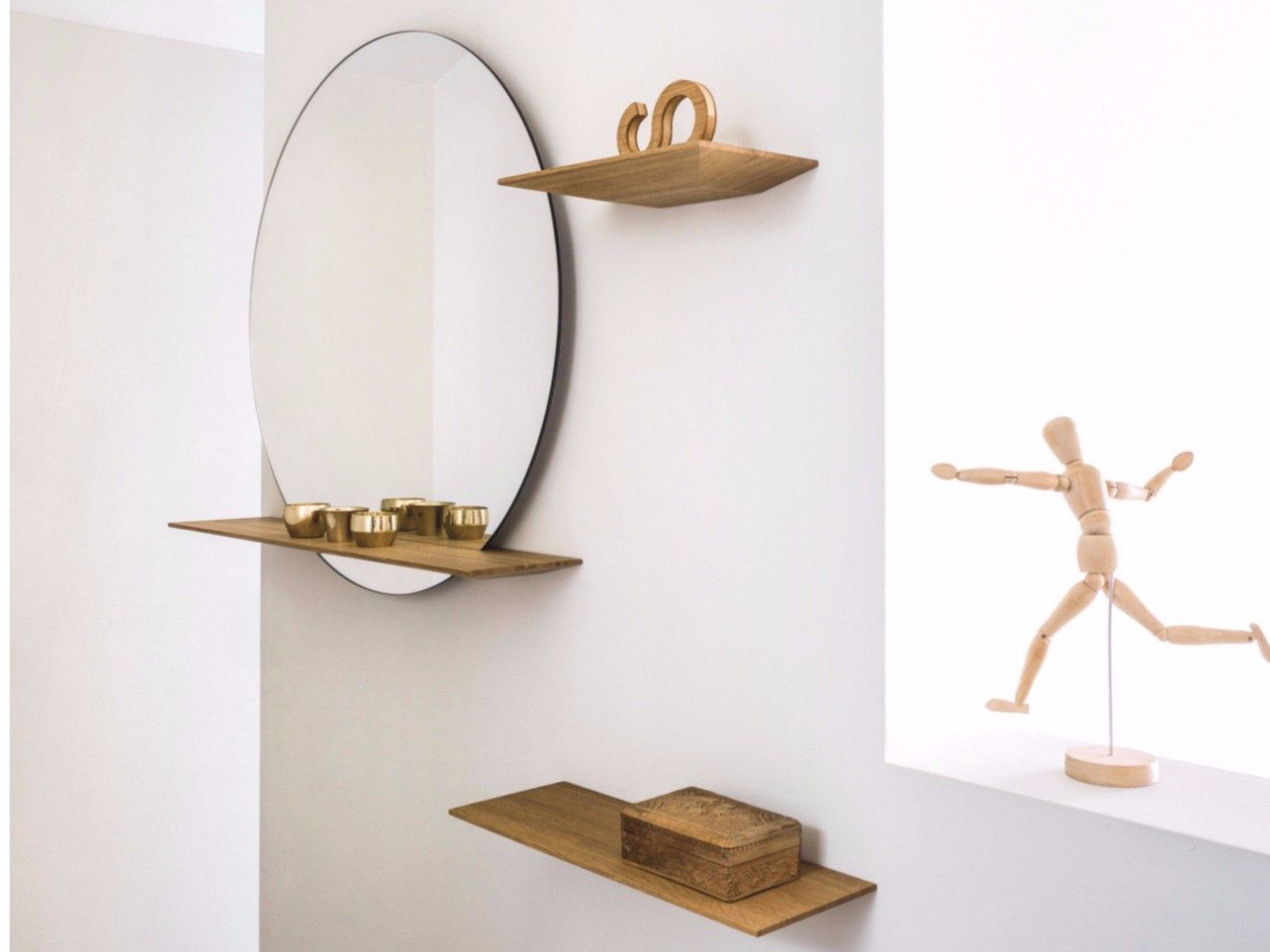 Wall mounted round mirror with shelf