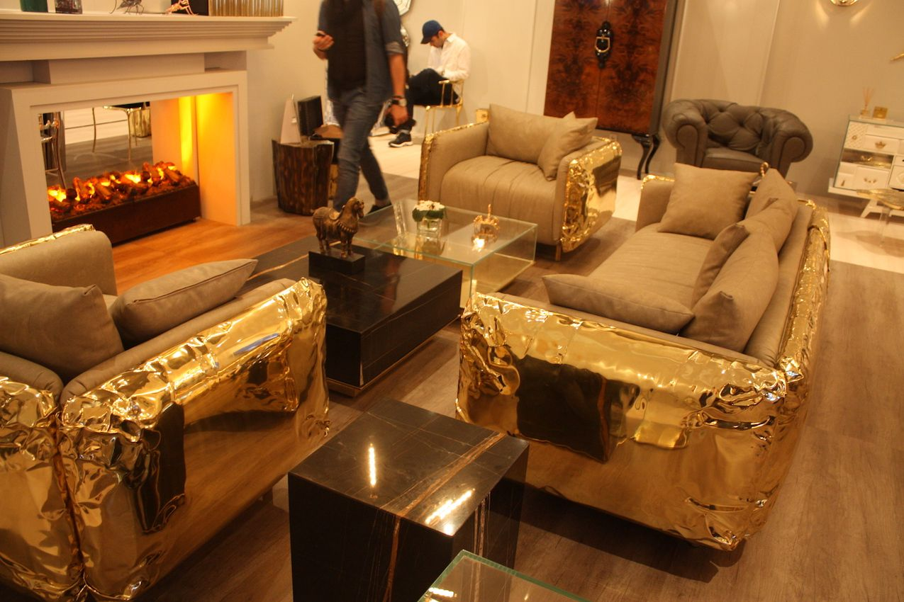 Large and imposing or small and delicate golden metallics are trending
