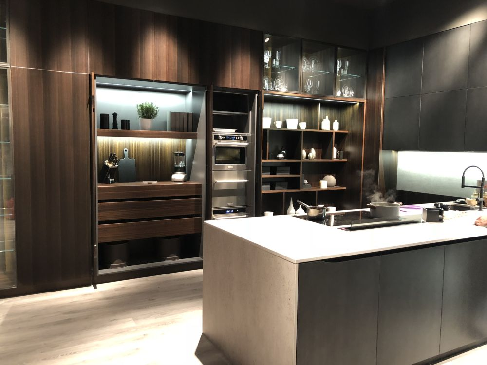 Eurocucina 2018 shows new trends for modern and luxury for Wood design milano