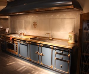 Ways to Turn Your Kitchen Into A Hub of Luxury