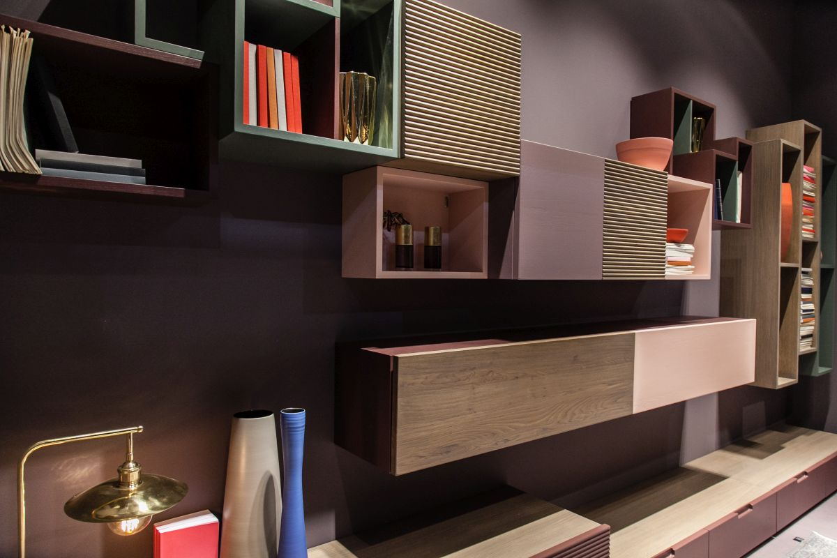 The shelving ideas and design possibilities are very numerous in the case of living rooms