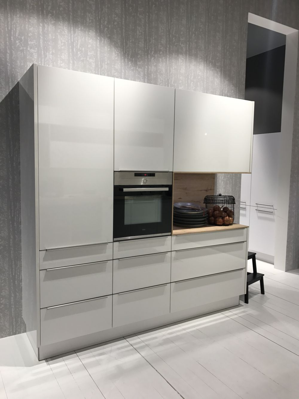 All The Cool Characteristics Of Modern Kitchen Cabinets,United Airlines Baggage Restrictions Basic Economy