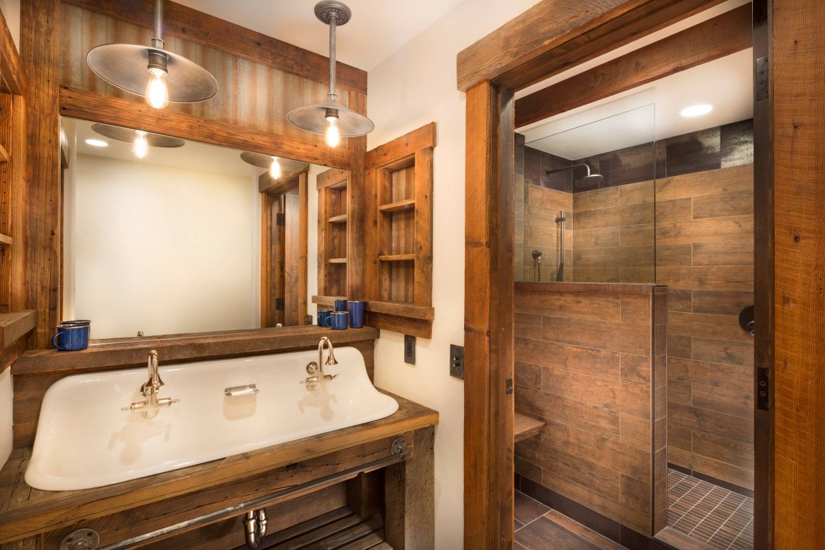 15 wood tile showers for your bathroom for Cabin shower tile ideas