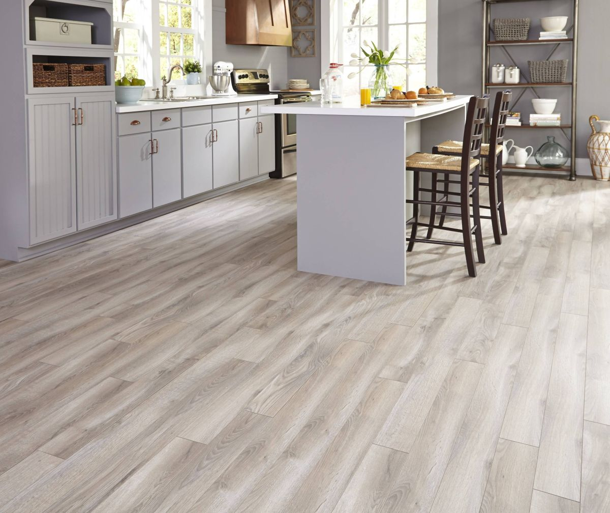 Wood Flooring In Kitchen: 15 Beautiful Wood Floors In The Kitchen