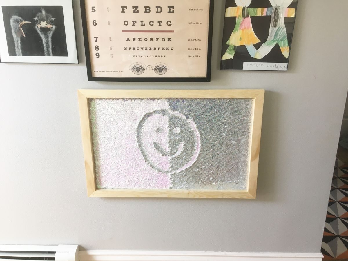 Simple DIY Picture Frame for Mermaid Tail Fabric