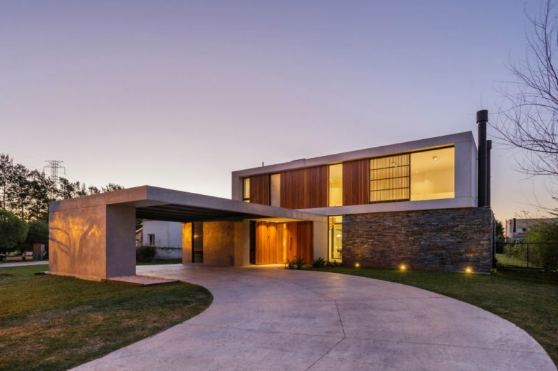 The Flat Roof House  – An Ancient Style Turned Modern