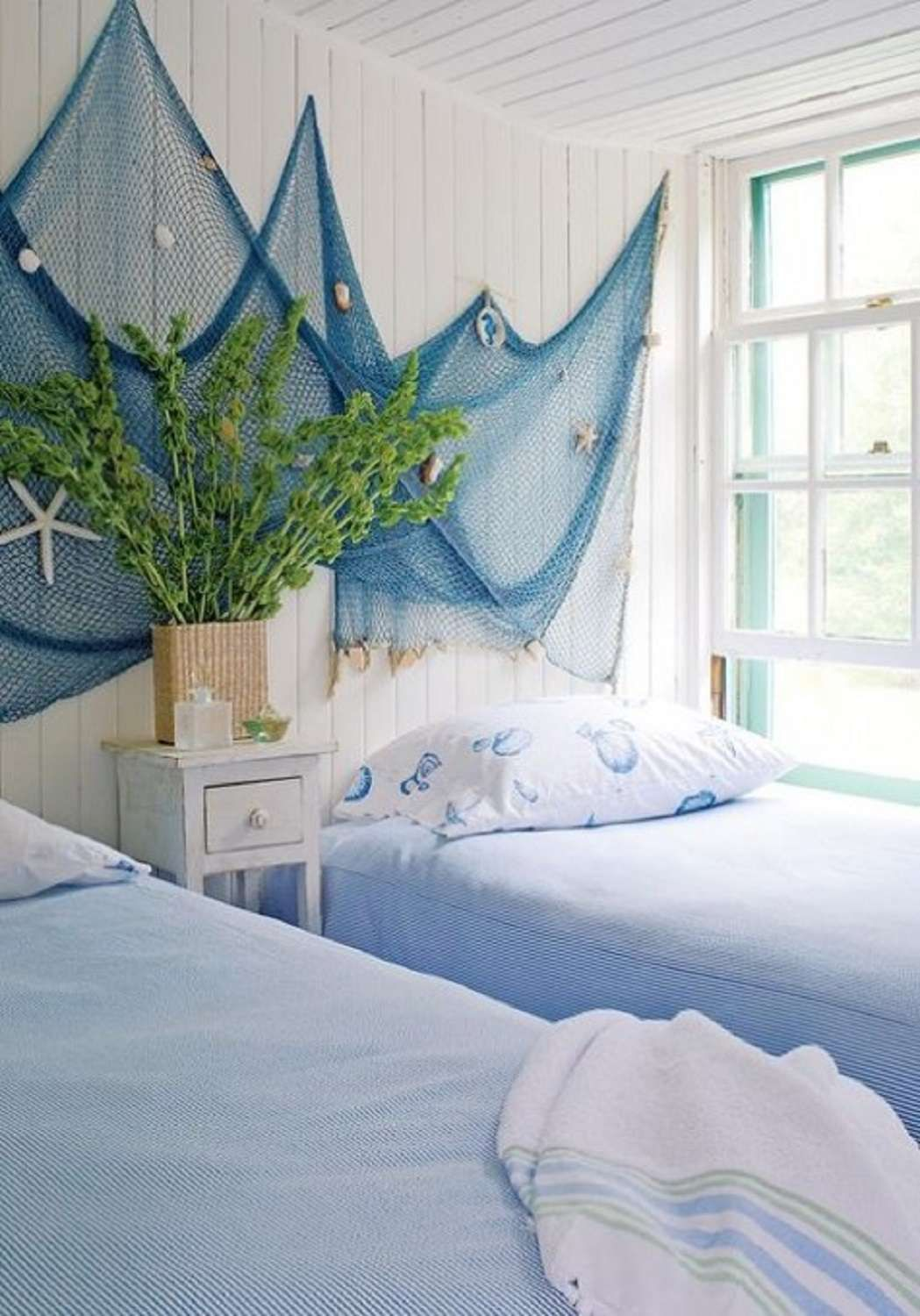 40 Beach Themed Bedrooms to Take You Away
